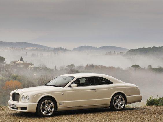 BENTLEY SPOTTING: Wet Bentleys