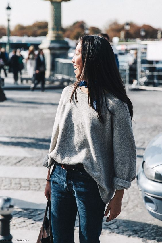 PFW-Paris_Fashion_Week-Spring_Summer_2016-Street_Style-Say_Cheese-Grey_Jumper-Bandana-Jeans-: