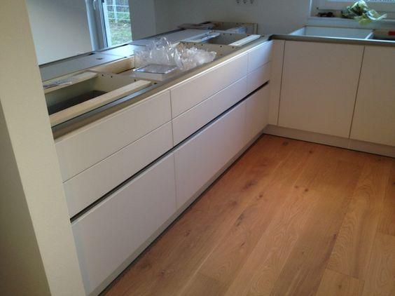 Grifflose Küche mit Glasfront - Fertiggestellte Küchen - Schüller - schüller küchen erfahrungen
