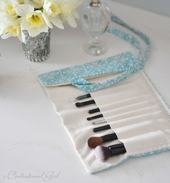DIY Make up brush holder susa78