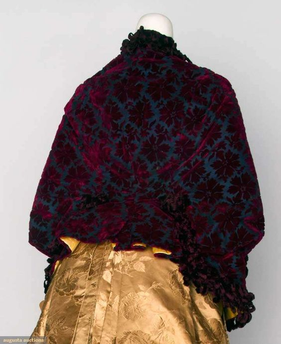 Dolman Jacket (image 3) | 1880s | cut velvet, chenille, satin | Augusta Auctions | November 13, 2013/Lot 122