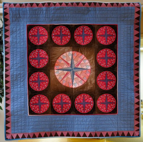 The optional border CD for Earth To Quilters includes our beautiful GPS quilt & Messenger Bag!