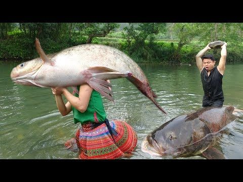 Primitive Technology Survival Skills Primitive Wild Girl Cooking Big Fish Eating Delicious Youtube Primitive Technology Wild Girl Big Fish