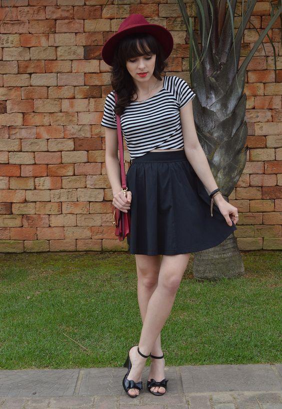 Look ladylike cropped listrado + saia evasê - Blog Ela Inspira  / http://bit.ly/1WPUFex