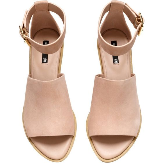 H&M Leather sandals ($61) ❤ liked on Polyvore featuring shoes, sandals, heels, sapatos, ankle strap shoes, ankle wrap sandals, wide heel sandals, wide sandals and wide shoes