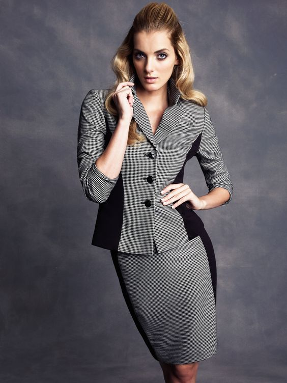 Fun and chic #houndstooth #skirtsuit #macysfallstyle