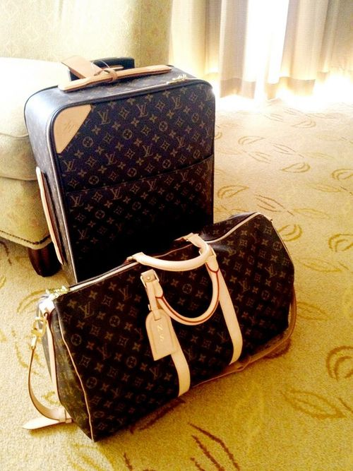 Louis Vuitton luggage... maybe one day I will be so fancy