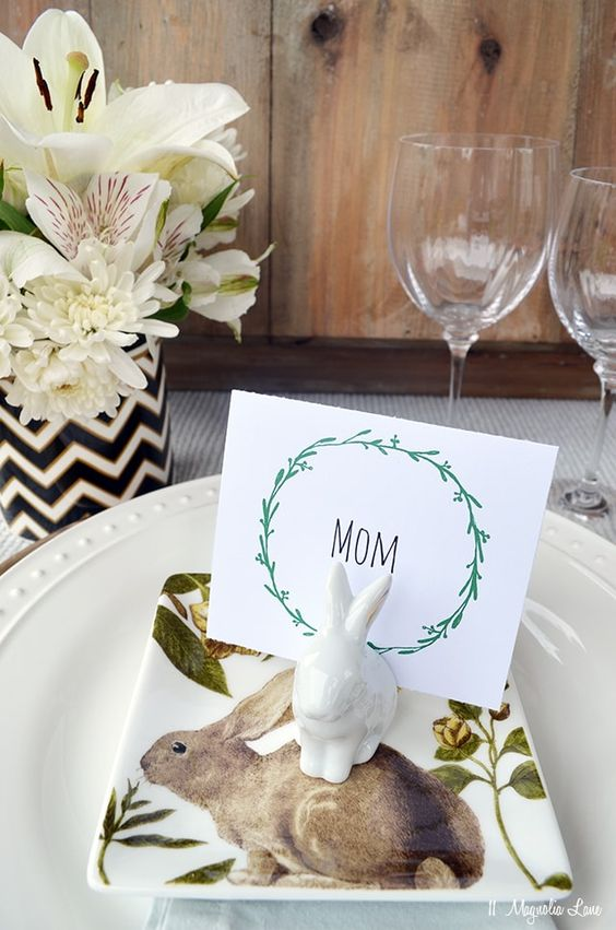 Beautiful Special Easter Table Decoration Ideas for easter Eve Dinner Table 2016...