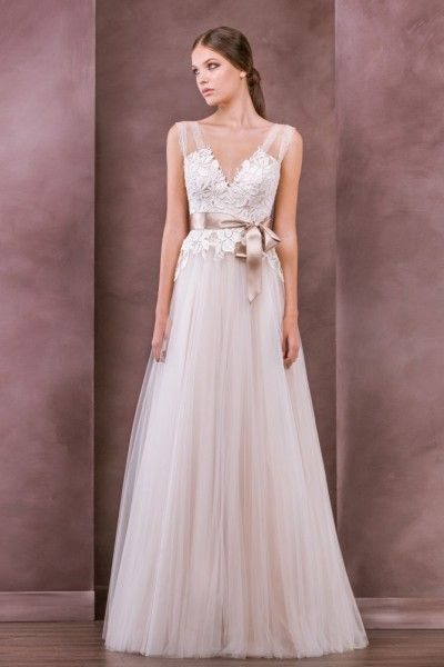 Beautiful A-line Straps Floor-length Tulle Fabric Vintage Wedding Dresses with Appliques Style yw315120902
