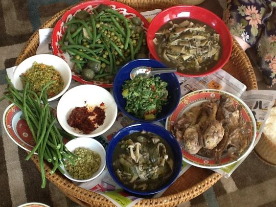 Laos laos food and food on pinterest for Ano thai lao cuisine