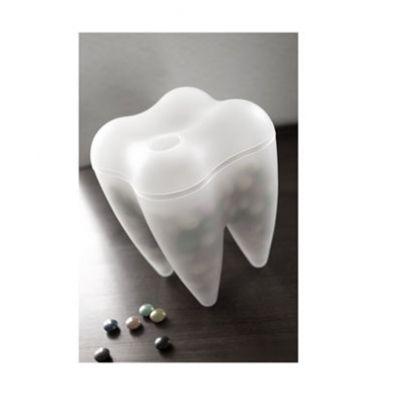 Recipiente para guardar dulces, pasabocas, etc Material: Plástico baudelino.com