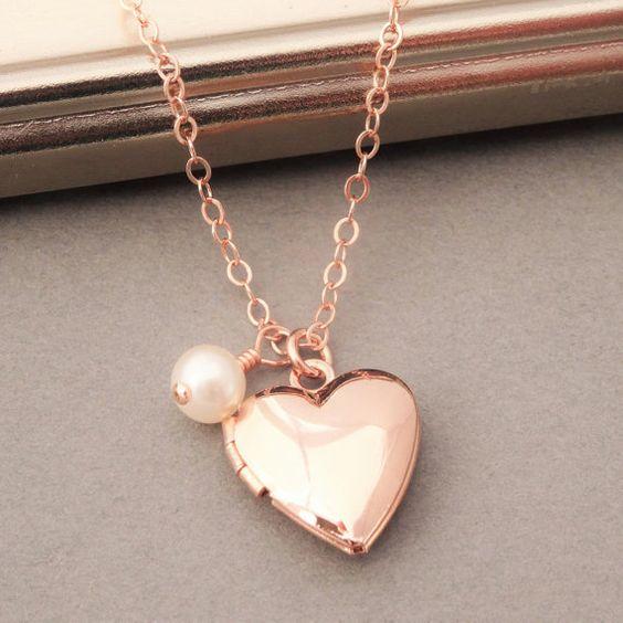 Heart Locket Necklace Rose Gold, Rose Gold Heart Locket with Pearl, Gold Locket, Tiny Locket Necklace, Rose Gold Jewelry, Pearl and Locket