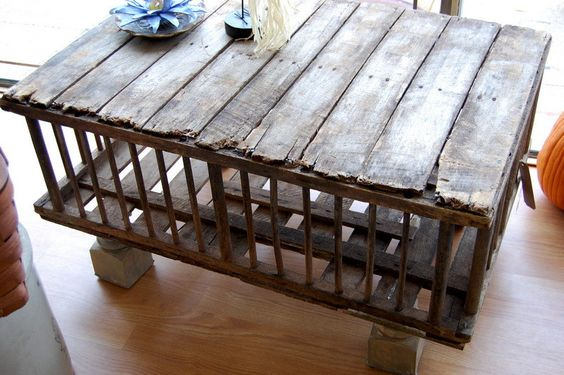 Primitive wooden crate table kid cocktails for Wooden chicken crate plans