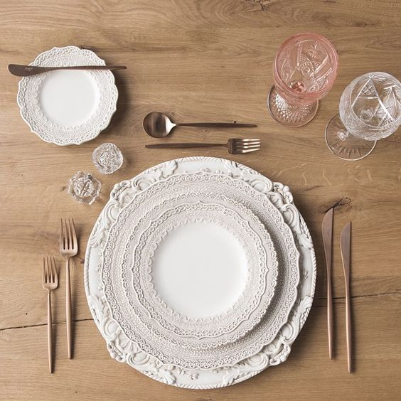 Antique White Florentine Chargers + White Lace Dinnerware + Rose Gold Flatware + Pink/Cut Crystal Vintage Glassware + Antique Crystal Salt Cellars // Casa de Perrin