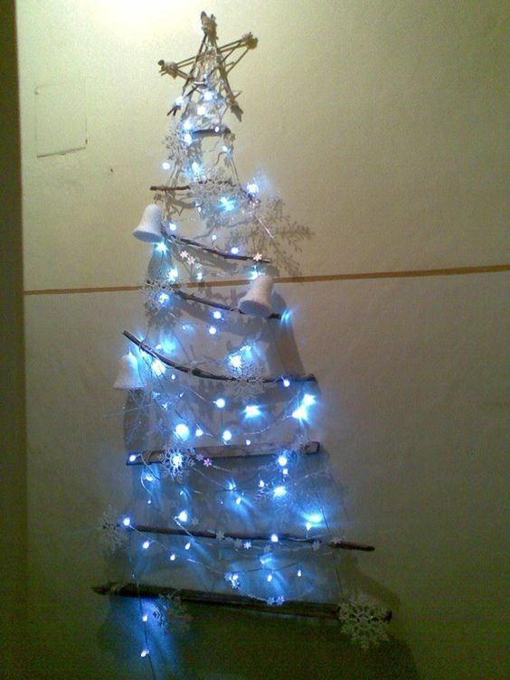 My eco, unconventional Christmas tree!!!