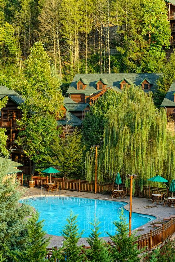 Westgate Smoky Mountain Resort & Spa - Hotels.com - Hotel rooms with reviews. Discounts and Deals on 85,000 hotels worldwide