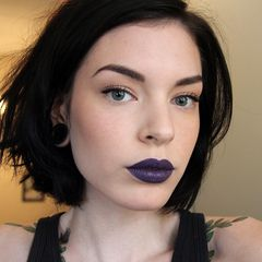 Steel purple lips. Love this color.