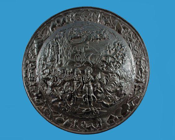 Gusseisen Prunkschild um 1850/80  Das Urteil des Paris  nach Renaissance-Vorlage