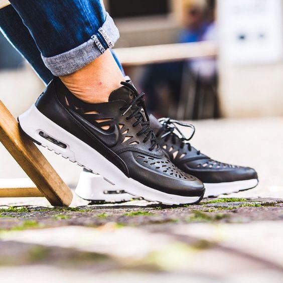 Nike WMNS Air Max Thea Joli (schwarz) - Store Fulda