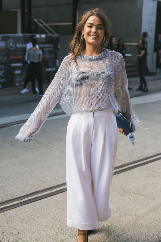 Street Style // Grey open knit sweater and white wide leg trouser