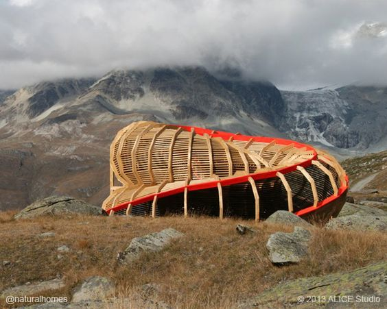 'Evolver' is a sculpture erected to view the panorama surrounding Zermatt, Switzerland. It was designed and built in wood by a team of 2nd year architecture students from the ALICE studio at EPFL in Lausanne.