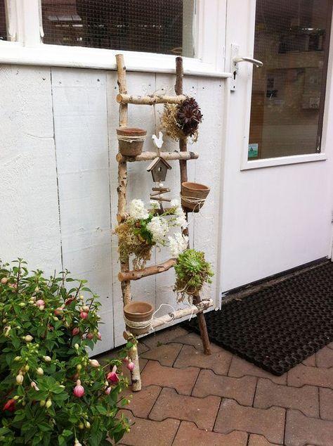 Make DIY garden decoration yourself - Leiterdeko #decoration #garden #leiterdeko #yourself