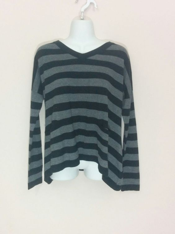 Linda Matthews black & gray striped sharkbite trapeze pocket sweater, XS, #3755 #LindaMatthews #VNeck