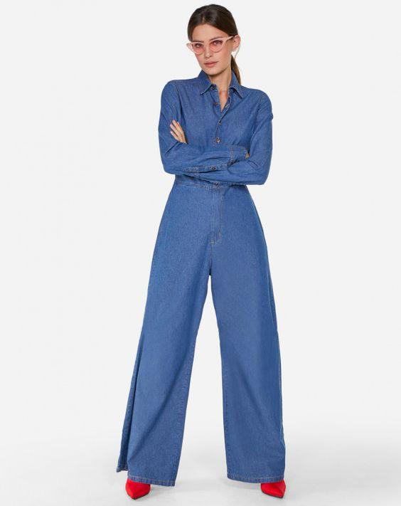 Moda Online Feminina! Compre vestidos, sapatos, blusas, acessórios e roupas femininas em até 6x sem juros! Entregas para todo o Brasil.