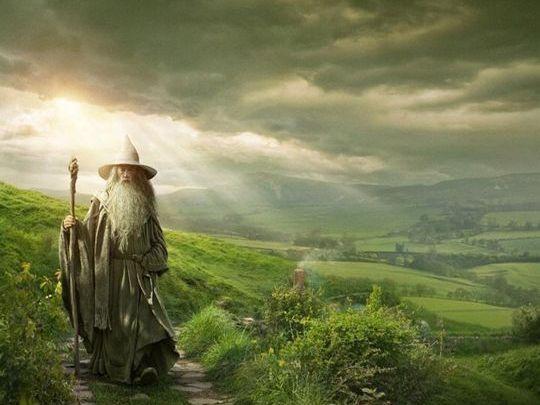 yeti3331 : A través de Entertainment Weekly nos llega un nuevo y muy espectacular banner de la esperada 'El Hobbit: Un viaje inesperado', el muy... : Imáge