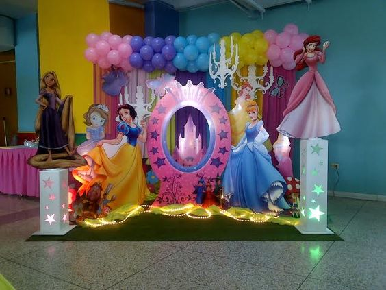 Decoracion princesas princesas disney pinterest for Decoracion de princesas