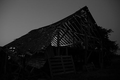 Black and White Barn - Lit up the inside using a remote flash.