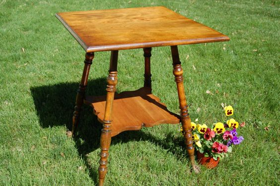 Antique Claw Foot Parlor Occasional Side Table With Turned