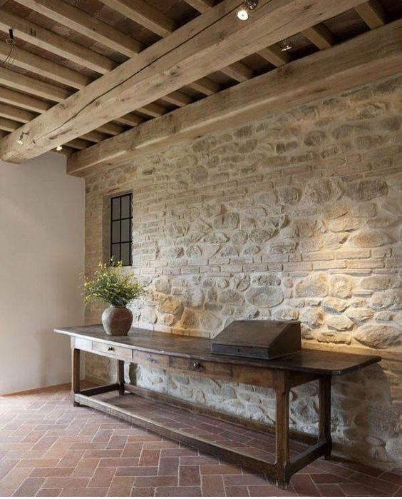 Gli interni case di campagna sono un vero e proprio patrimonio da valorizzare per raccontare a pieno la storia del. Pin Di Andre Lourenco Su Stone Walls Saloni Rustici Interni Rustici Moderni Idea Di Decorazione