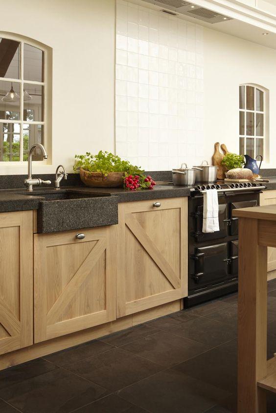 Gerard hempen keukens van hout landelijke keukens moderne houten keukens op maat new - Keuken steen en hout ...