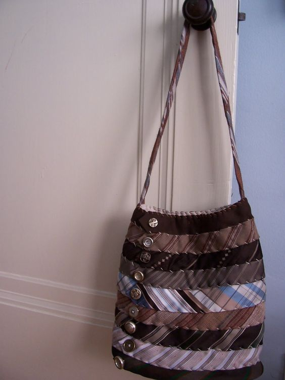 purses made from mens neckties | The Peacock Fairy: May 2010