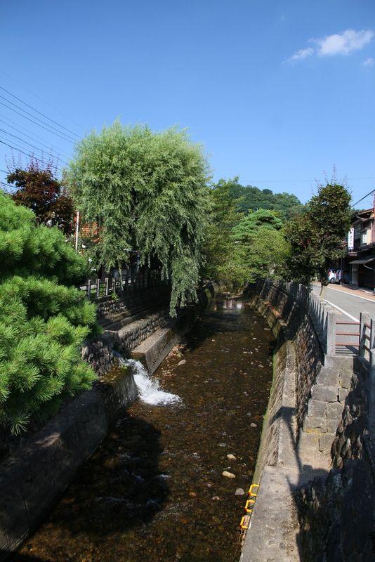 ●江名子川  飛騨高山旅行の参考に、どうぞお使いください。  by OKAGEMALL!(おかげモール) http://okagemall.jp/