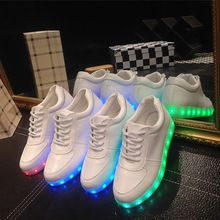 11 couleur lumineuse chaussures unisexe led schoenen glowing chaussures hommes et femmes USB charge led light up chaussures pour adultes led chaussures