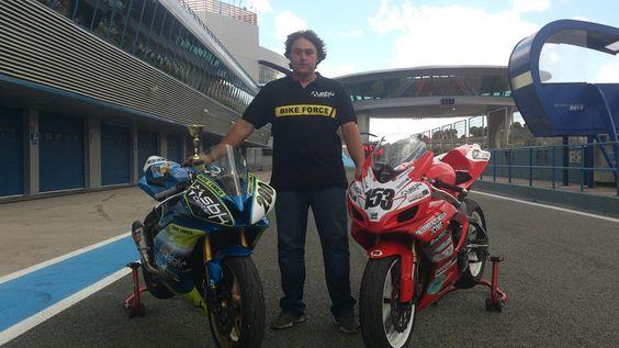 los tronco motos con sbk center en el campeonato andaluz en el circuito de jerez
