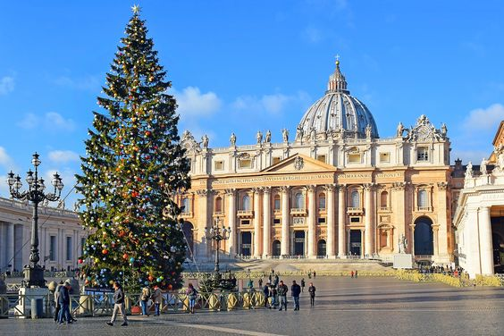 Saint Peter's Square Christmas Tree, Vatican