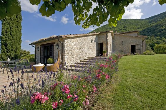Villa Rental Umbria | Villa Sangallo, Italy, Umbria, Pierantonio, 12-18 persons, private pool