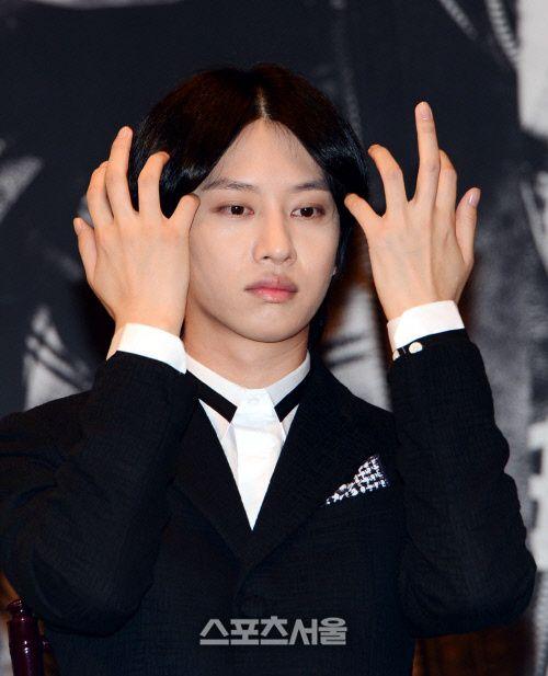 Heechul // #SuperJunior @ #Mamacita press conference.   Heechul, Kim heechul, Super junior