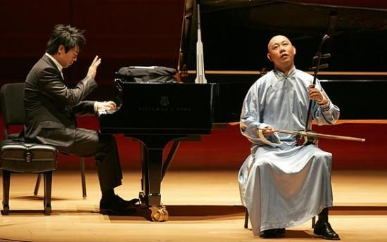 Lang Lang plays with Guo Gan in Los Angeles