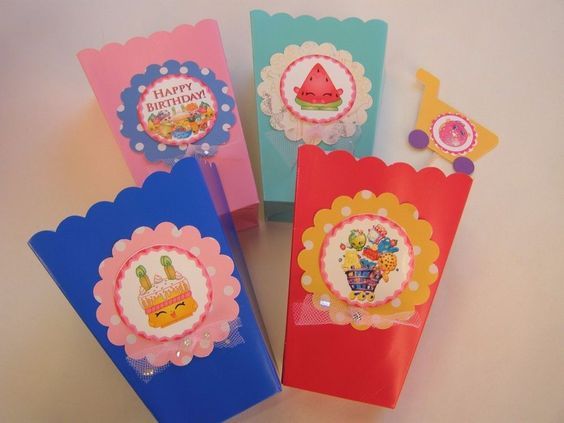 24 Shopkins Party Gift Bags Popcorn Boxes And 24 Cupcake Toppers FREE Straws #party