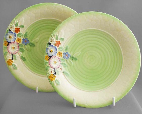 #CrownDevon #vintage PAIR of plates, embossed design 1940+ FREE post UK