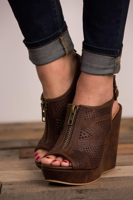 Fashionable Wedges Shoes