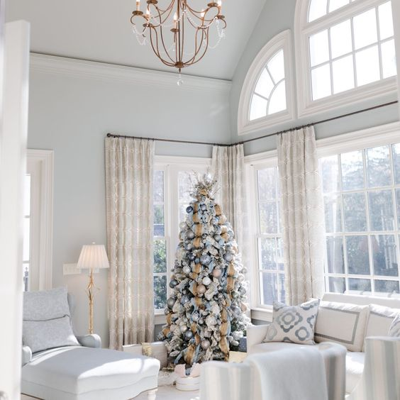 Best light blue paint color for homes. Light blue wall color with Blur Christmas tree.