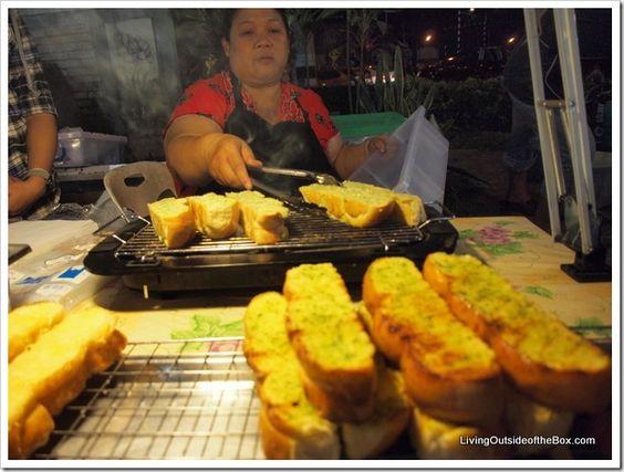 Street food at the Chiang Mai Meechok Plaza and Market. I love garlic bread!!