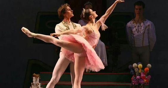 Irina Dvorovenko and - Irina Dvorovenko and Maxim Belotserkovsky (American Ballet Theatre) --- #Theaterkompass #Theater #Theatre #Tanztheater #Ballett