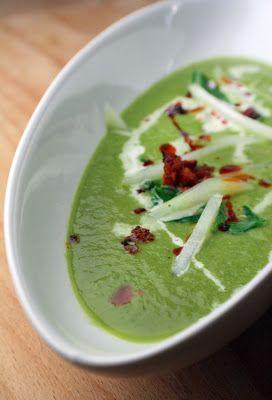 Pimpi-MEL-la: KoKo-Süppchen - mit Wasser gekocht und nicht schlecht gestaunt (Kohlrabi-Kopfsalat-Suppe)
