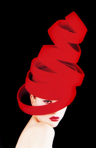 ⍙ Pour la Tête ⍙ hats, couture headpieces and head art - Emma Fielden: